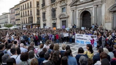 Granada-concentraciones-feministas-celebraron-territorio_1240086184_83955600_667x375