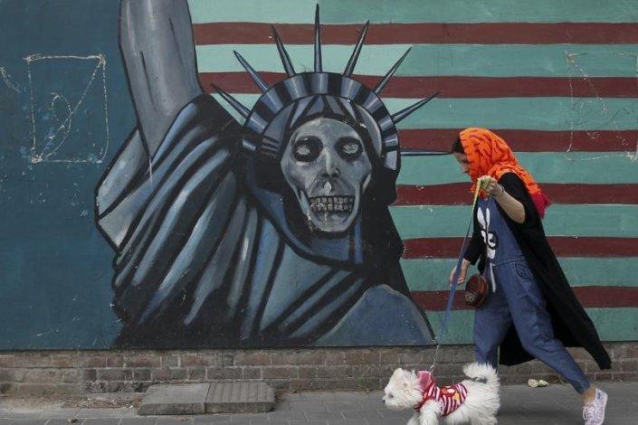 Estados Unidos volvió a sufrir un revés diplomático en el Consejo de Seguridad de Naciones Unidas (CSNU), quedando prácticamente aislado en un intento por reactivar las sanciones que el organismo no logró imponer a Irán tras la firma del Plan de Acción Global Conjunto (JCPOA, Inglés) sobre las actividades nucleares pacíficas del país persa.